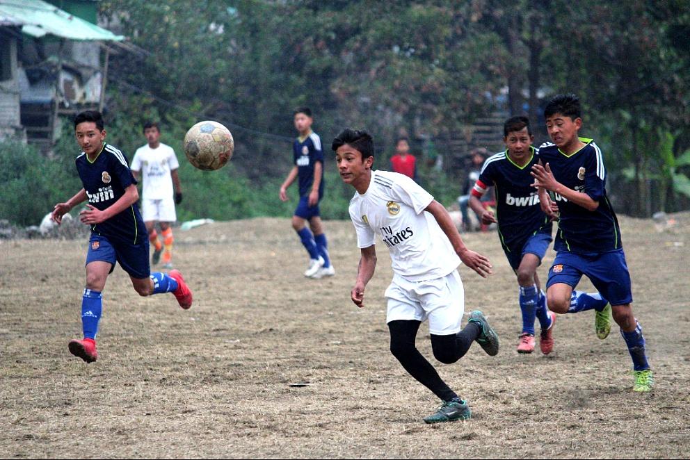 young_pulbazar_football