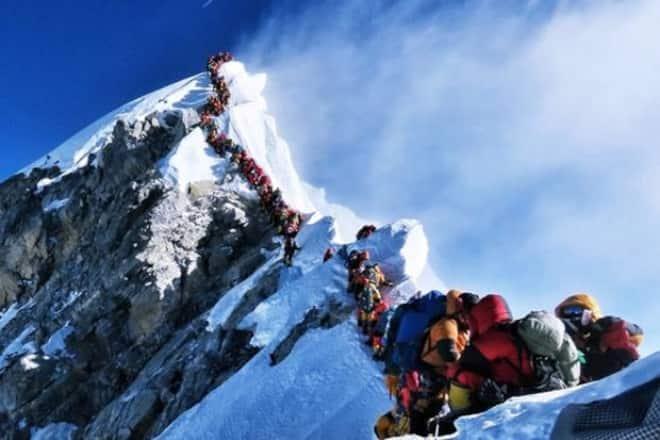 Traffic Jam on Everest